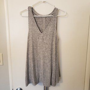 2 Lou and Grey tanks in gray and green top S